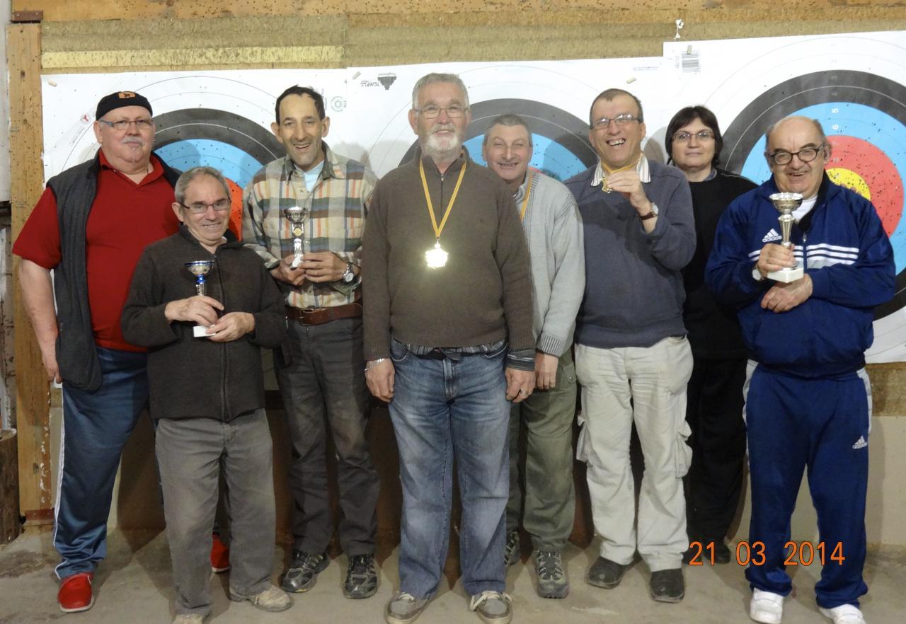 Concours clôturant la saison salle 2013/14. Bravo à tous !